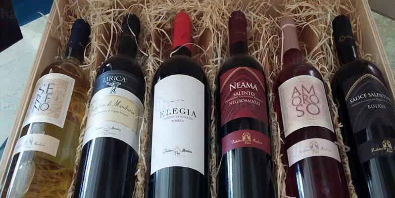 bottiglie di vino tipico salento