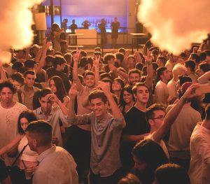 student-village-viaggi-per-ragazzi-viaggi-evento-salento-bahia-discoteca