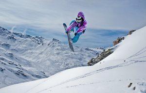 capodanno-in-montagna-per-giovani-capodanno-sulla-neve-madonna-di-campiglio-carousel-10