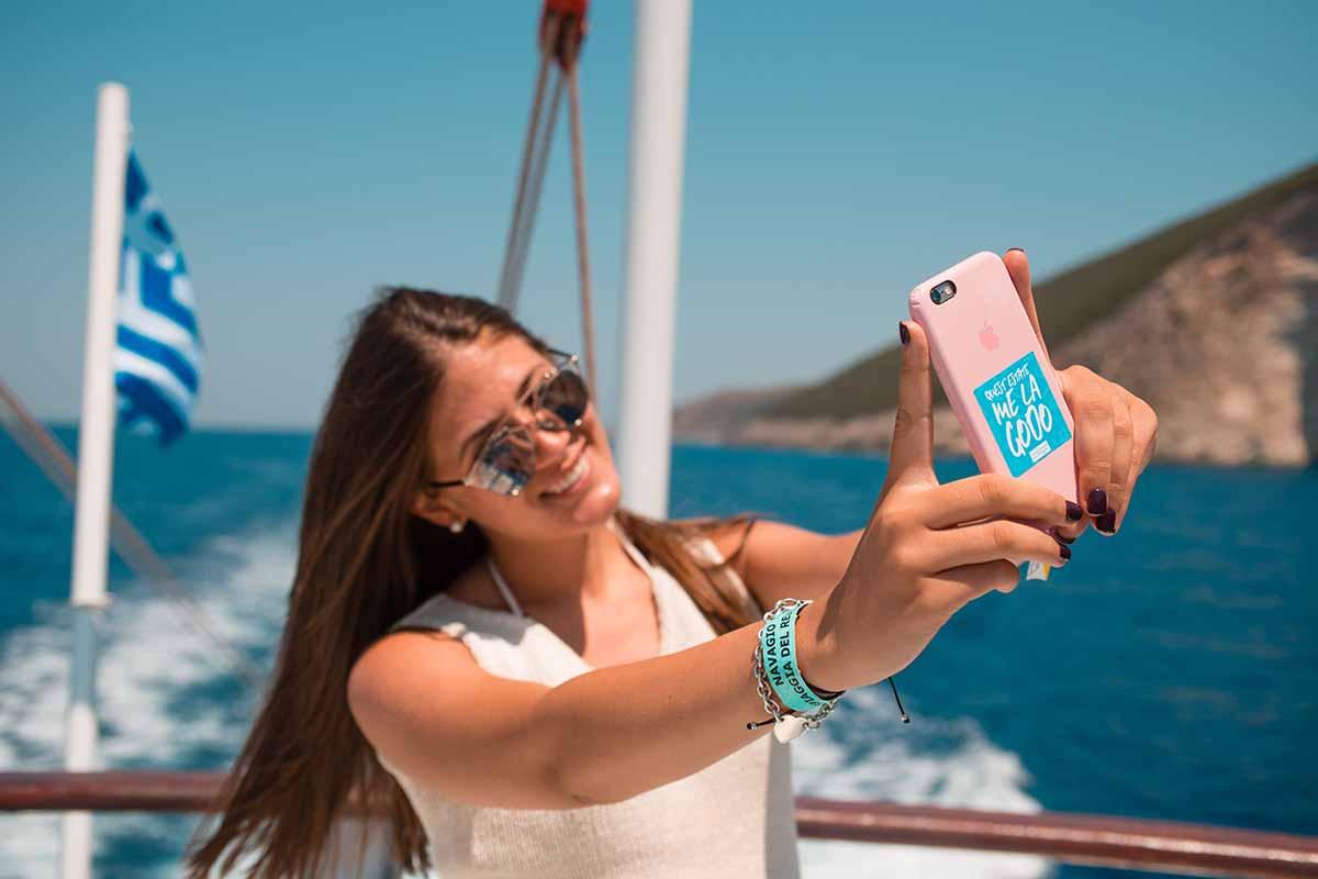 gita-in-barca-viaggio-di-maturita-zante-vacanze-per-giovani