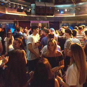 vacanze-a-zante-giovani-viaggio-di-maturit-viaggio-evento-festa-in-nave