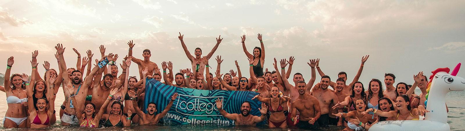 Gruppo durante un'esperienza di VIaggio College a Zante