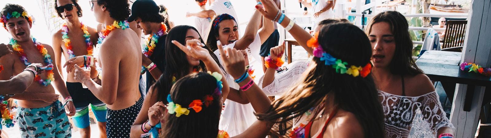 hawaiian party nello student village a gallipoli