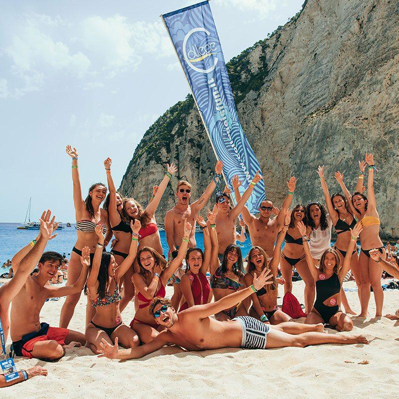 Gruppo di ragazzi durante un esperienza di vacanza per ragazzi a Zante