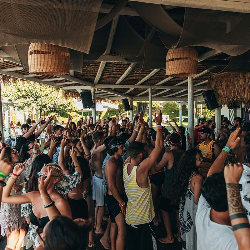 Beach Party al Banana Beach di Zante