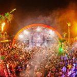 scorcio di un festival di pag tra luci e colori